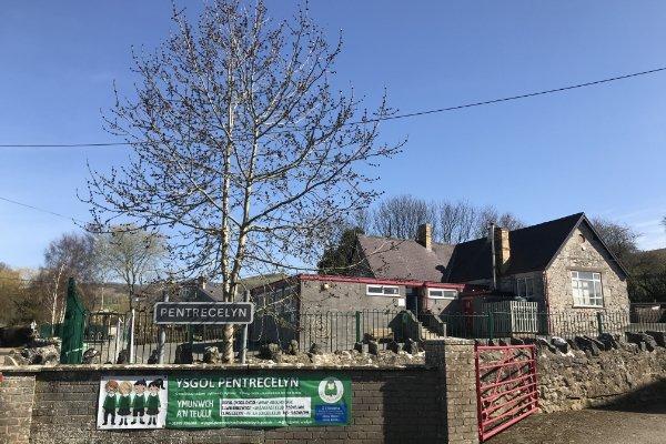 Pentre Celyn | Llanfair Community Council